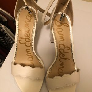 Sam Edelman blocked heel white shoes